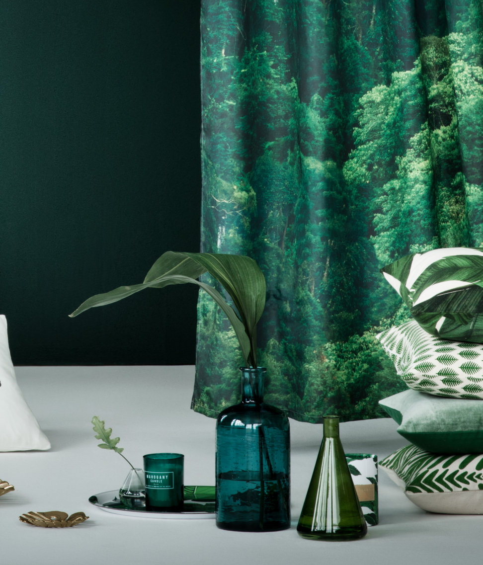Lush tropical decor from H&M Home