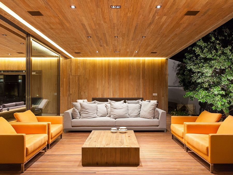 Outdoor and indoor sitting areas come together at the chic pavilion