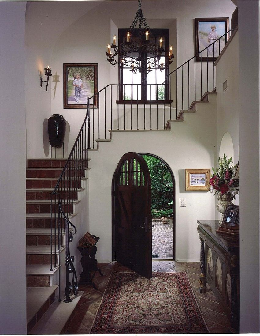 Picking the right door for Mediterranean entry [Design: Summerour Architects]