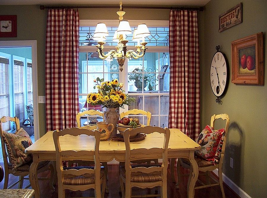 Red and green in the dining room works all year long [From: Savvy Southern Style]