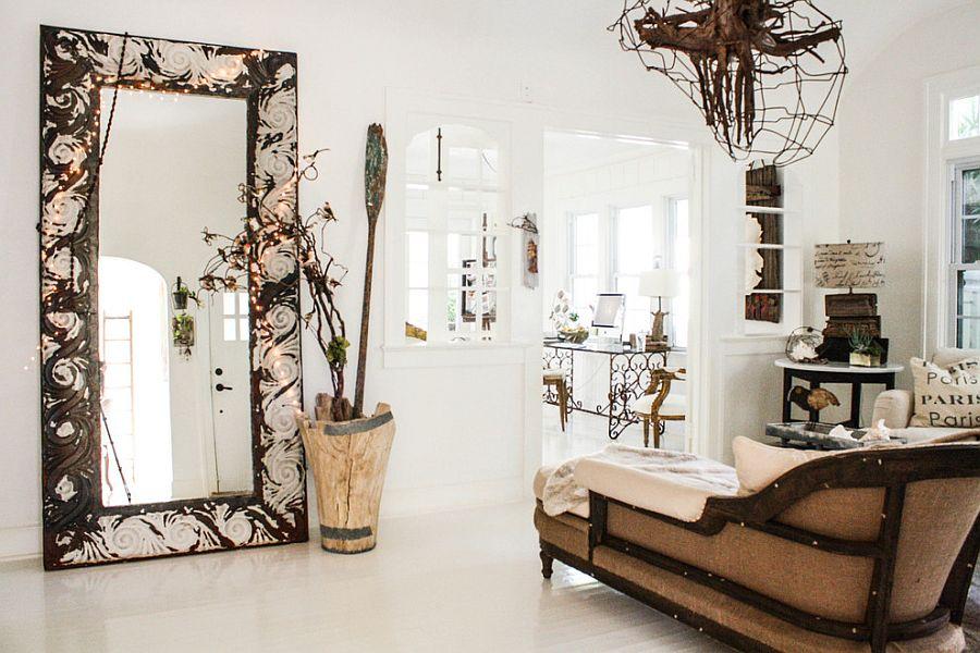 Shabby chic living room with some festive glitter! [Design: Mina Brinkey]