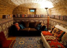 Stone walls let you try out classic Mediterranean style in the small basement