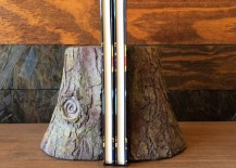 Tree trunk bookends 217x155 15 Ridiculously Unique Ideas for Bookends