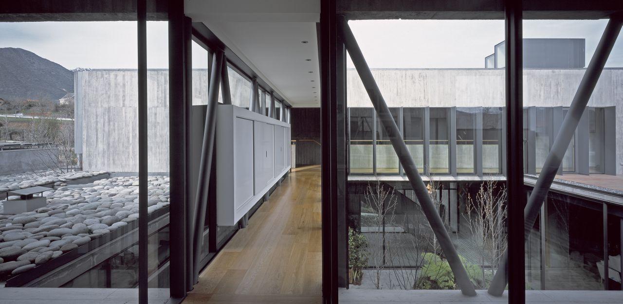10 X 10 House bridge