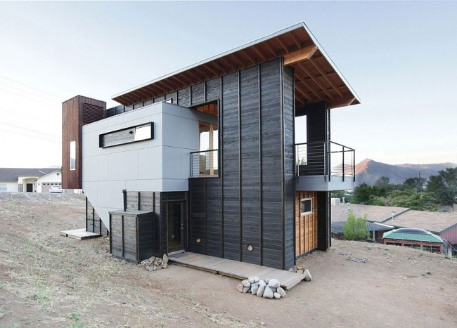 Custom 510 Cabin Celebrates Expansive Views and Exclusive Design