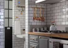 A dash of copper glint for the industrial kitchen