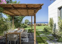 Al fresco dining at the refined modern home in Golkoy