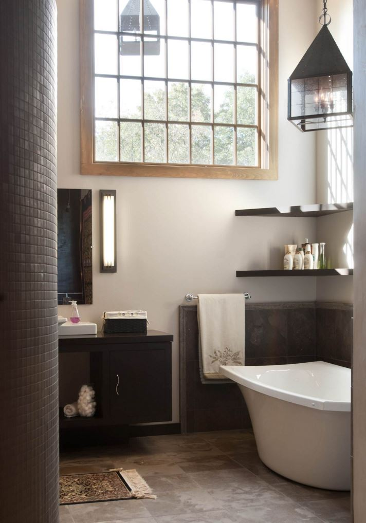 Bathroom with corner shelving