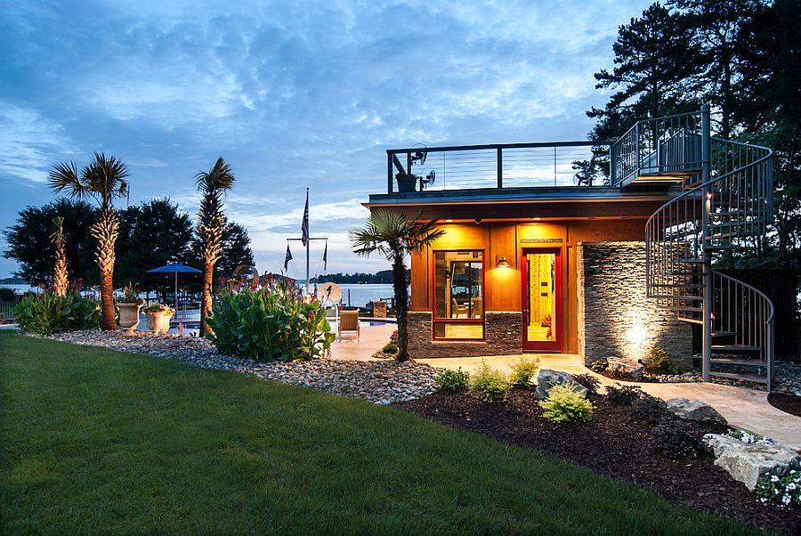 Beautiful lakeside cabana combines modern and beach styles