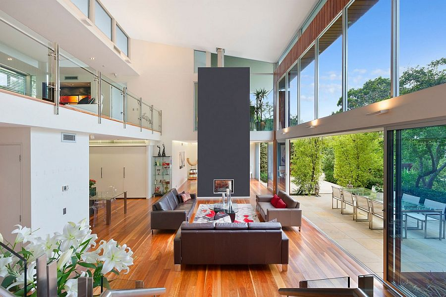 Breezy contemporary double height living area Slice of Green Goodness: Inspired Contemporary Home in Sydney