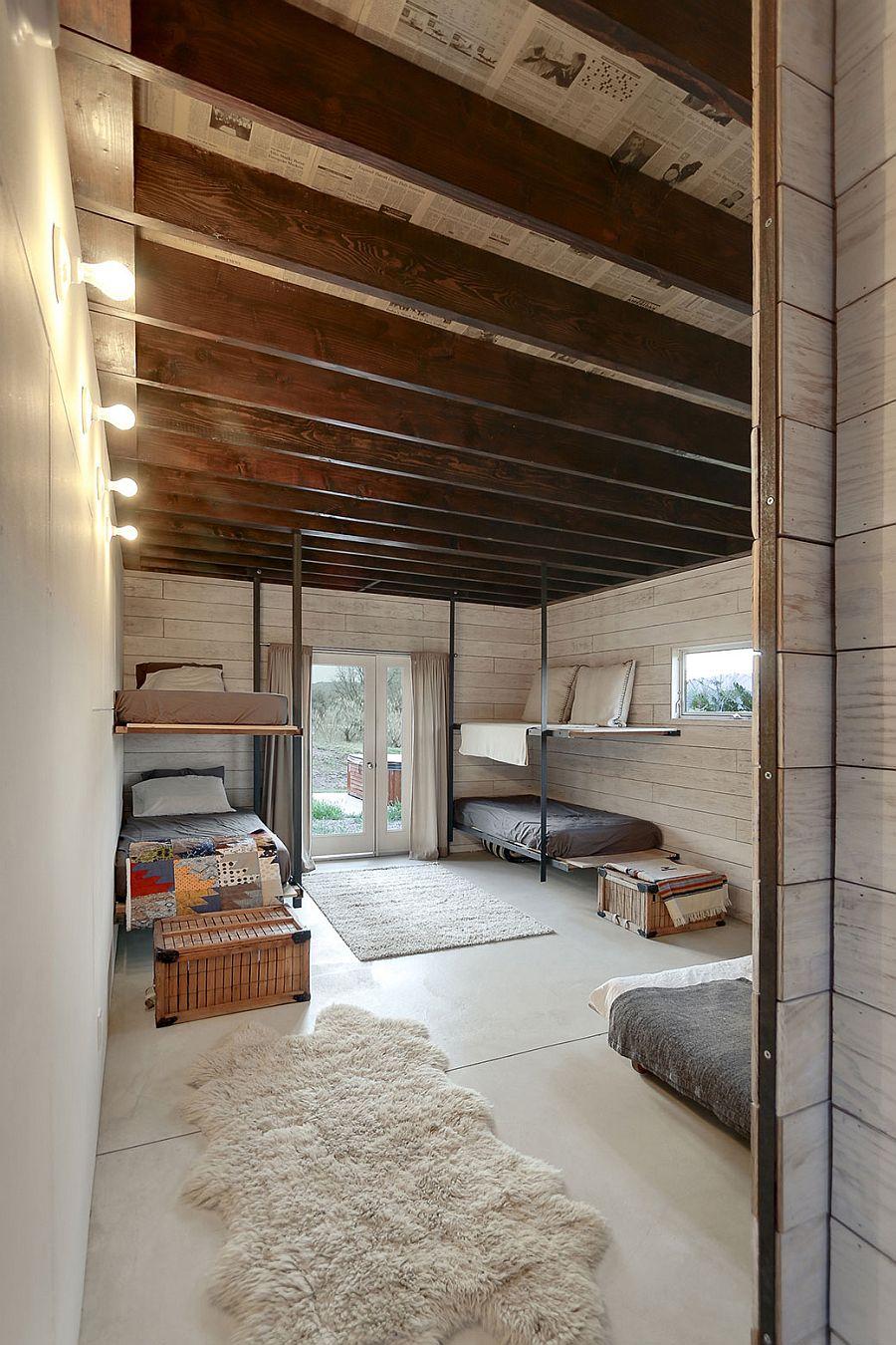 Bunk bedding inside the 510 cabin