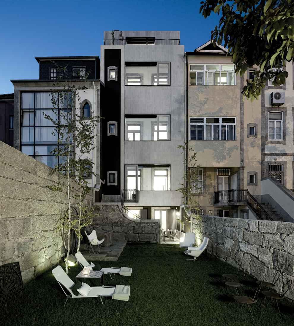 Casa do Conto garden