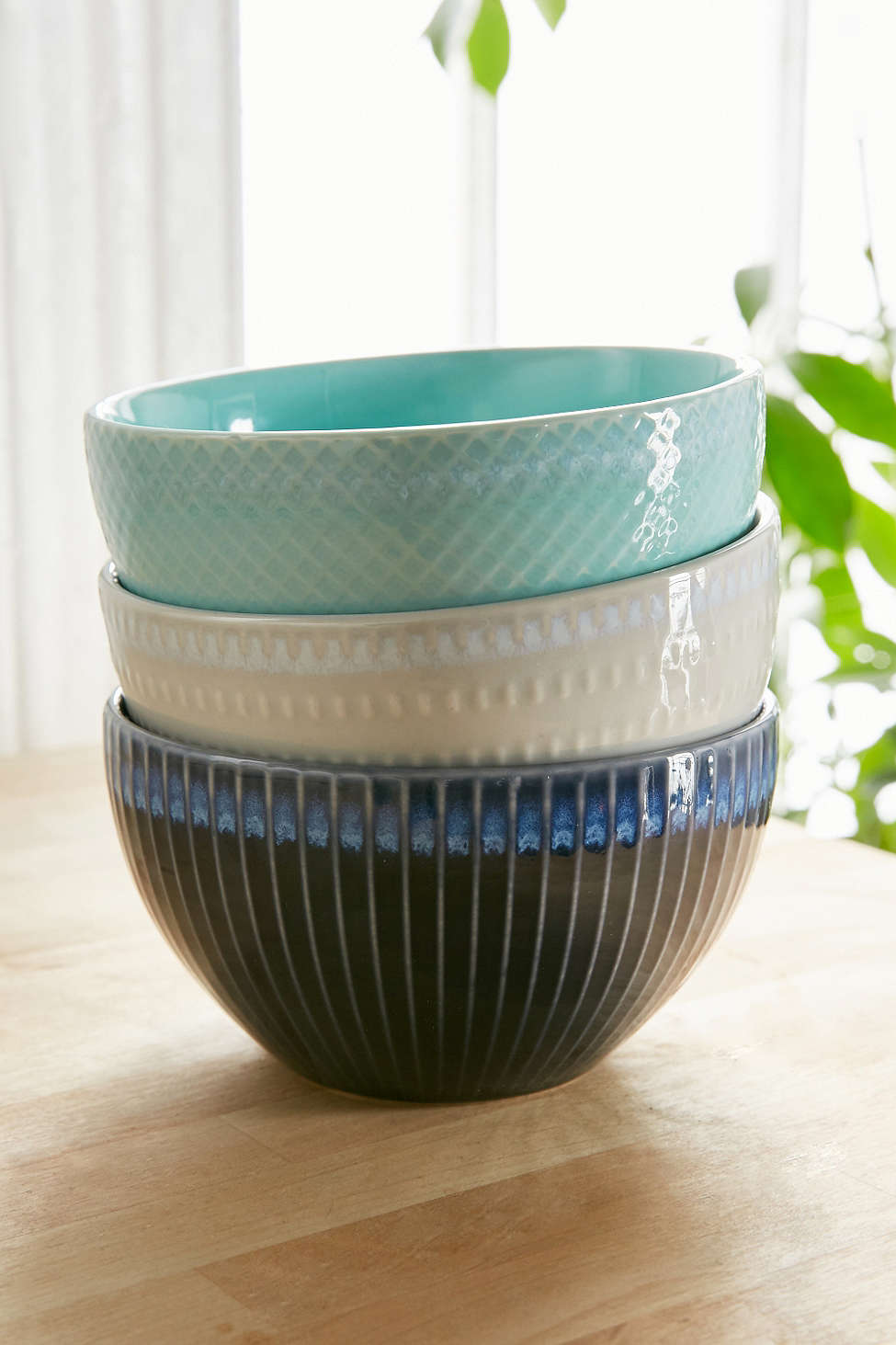 View in gallery Ceramic bowls from Urban Outfitters & Pastels Metallics and Other Spring Tableware Trends