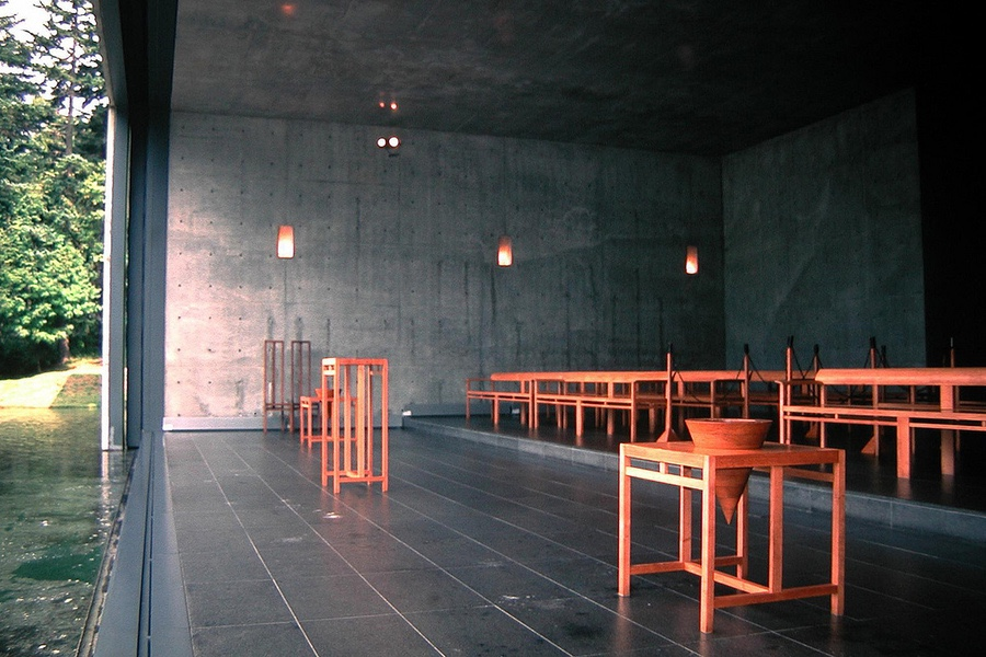 Church on the Water interior