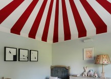 Colorful circus tent inspired ceiling for the kids' bedroom