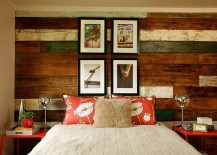 Cozy-becah-style-bedroom-with-a-striking-accent-wall-in-wood-217x155