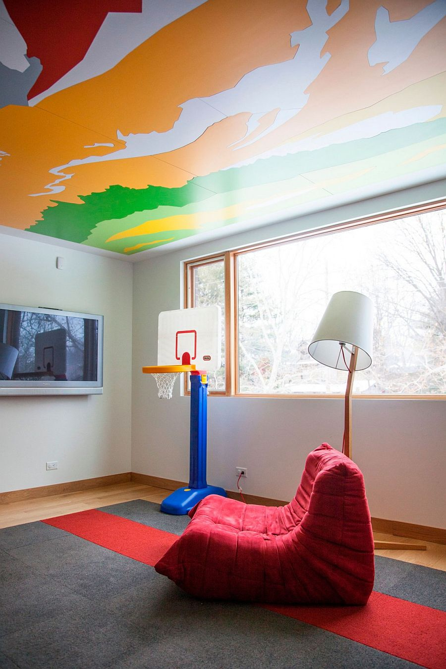 Custom ceiling for the kids' playroom