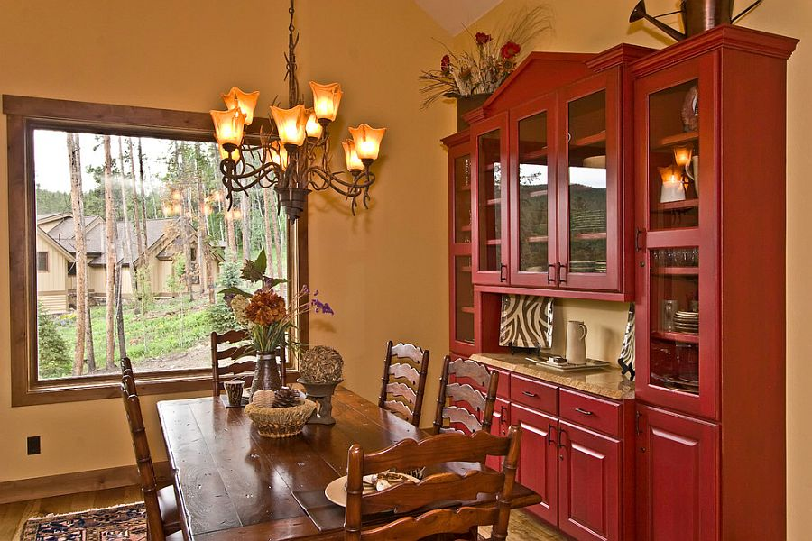 Custom hutch makes dining room organization easier [Design: Reece and Nichols Realtors]