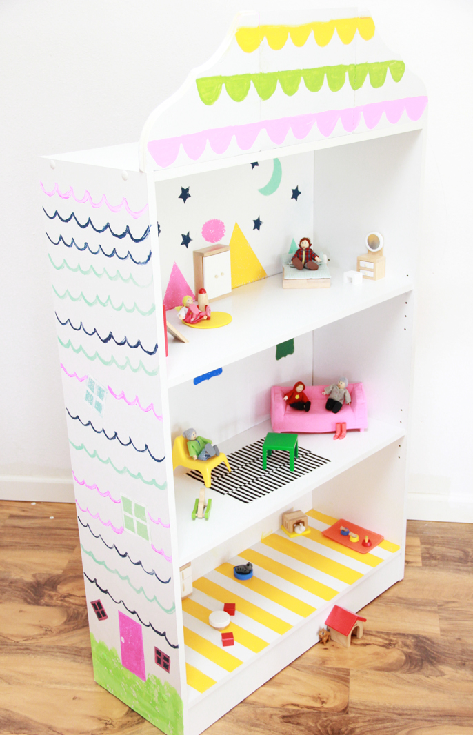 DIY dollhouse bookcase from A Bubbly Life