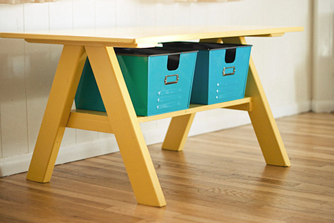 DIY kids' table from Strawberry Chic