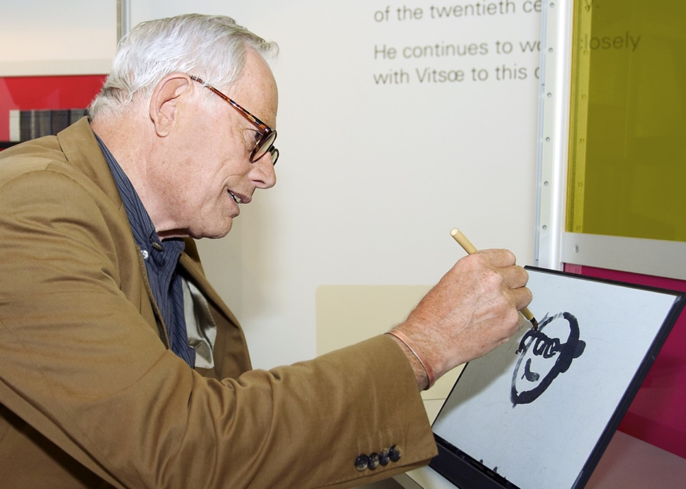Dieter Rams painting a self portrait Dieter Rams + Vitsœ = Good Design