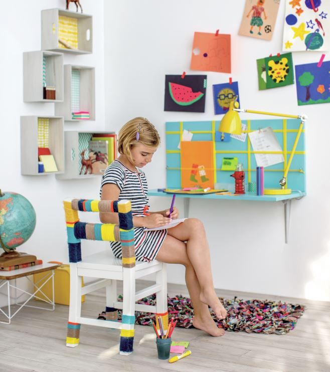 Easy kids' desk DIY