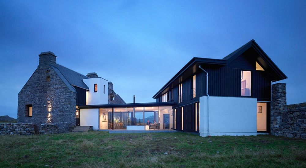 Exquisite and stunning Scottish home on Isle of Coll with stone structure