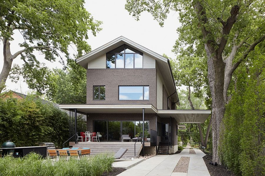 Exterior of the Showhouse combines local architecture with clean contemporary design From Showhouse to Showstopper: Inspired Model House in Kansas City