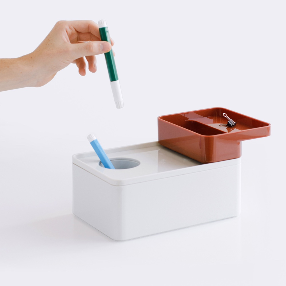 Formwork accessories with pen holder