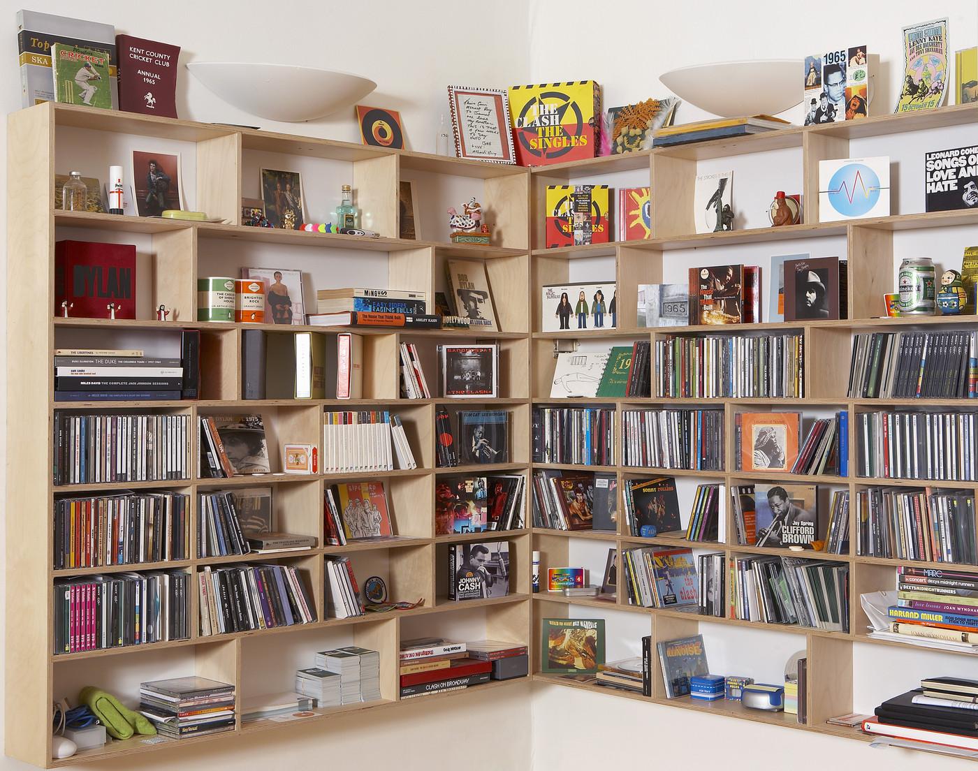 Hanging corner bookcase creates handy storage