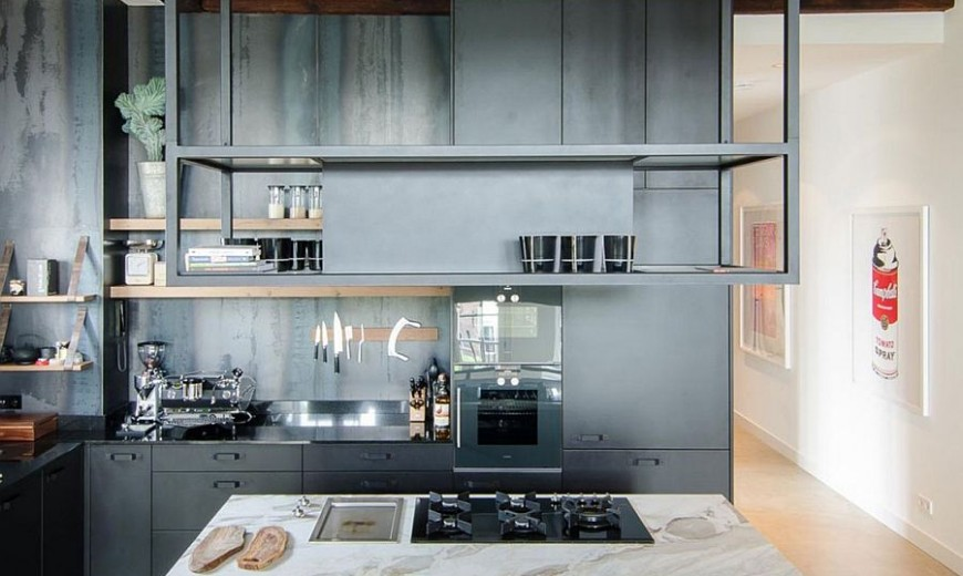Canal House Dating From the 1700s Transformed into an Open Modern Loft