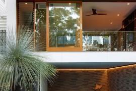 A Tale of Two Views: Fabulous Fifth Avenue Residence in Bardon