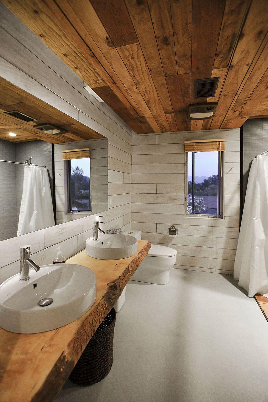 custom 510 cabin celebrates expansive views and exclusive design. Black Bedroom Furniture Sets. Home Design Ideas