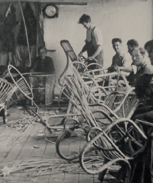 Making the Paris chair