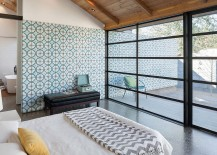Master-bedroom-and-bathroom-connected-with-the-private-courtyard-outside-217x155