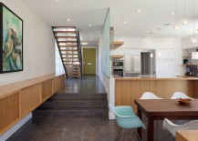 Neutral color clad interior of Santa Cruz Haus with interesting artwork