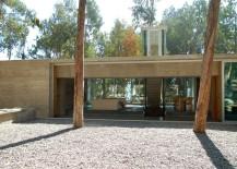 Omnibus-House-courtyard-217x155