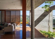 Open-design-of-the-Sao-Paulo-vacation-home-creates-a-flowing-indoor-outdoor-interplay-217x155