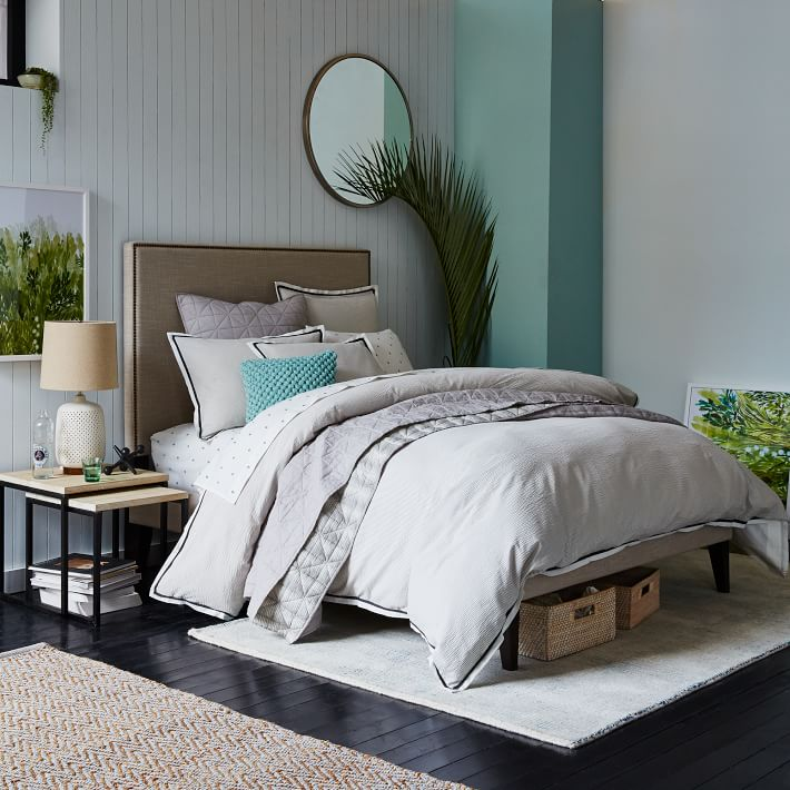 Painted accents in a soothing bedroom