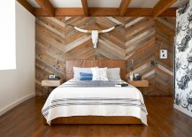 Reclaimed wood accent wall with chevron pattern is an absolute showstopper 217x155 Top Bedroom Trends Making Waves in 2016