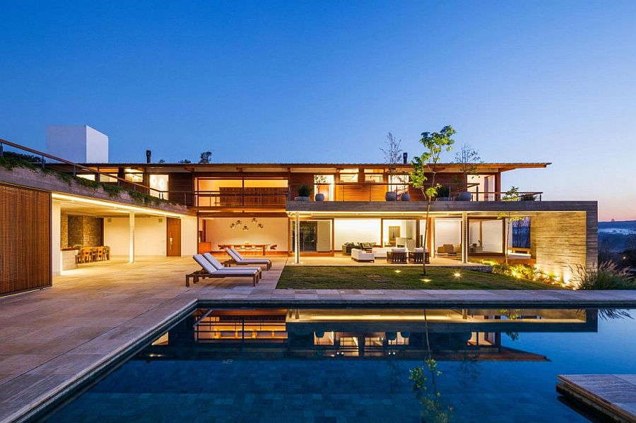 Relaxing Sao Paulo weekend and holiday with a spacious pool zone