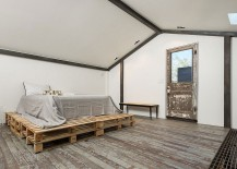 Shabby-chic-bedroom-with-pallet-bed-217x155