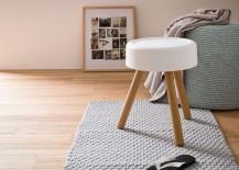 Simple stool that combines aesthetics with ergonomics