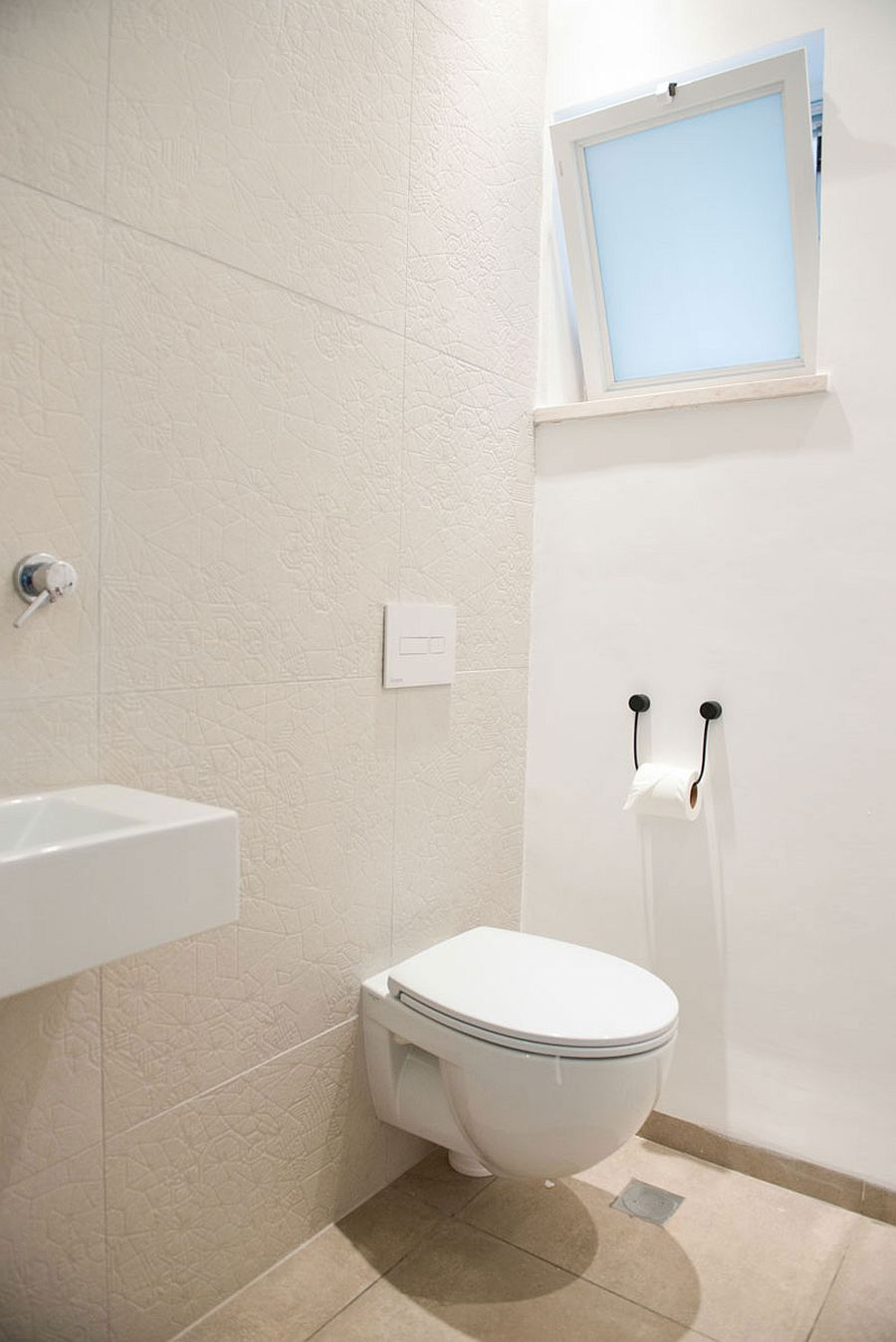 Small bathroom in white