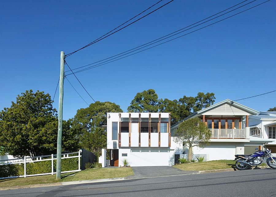 Street view of contemporary home in Bardon, Queensland
