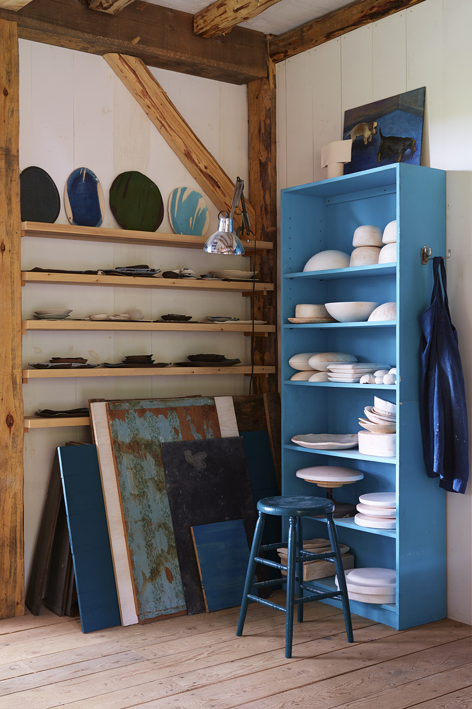 Two sets of shelves meet to create corner shelving