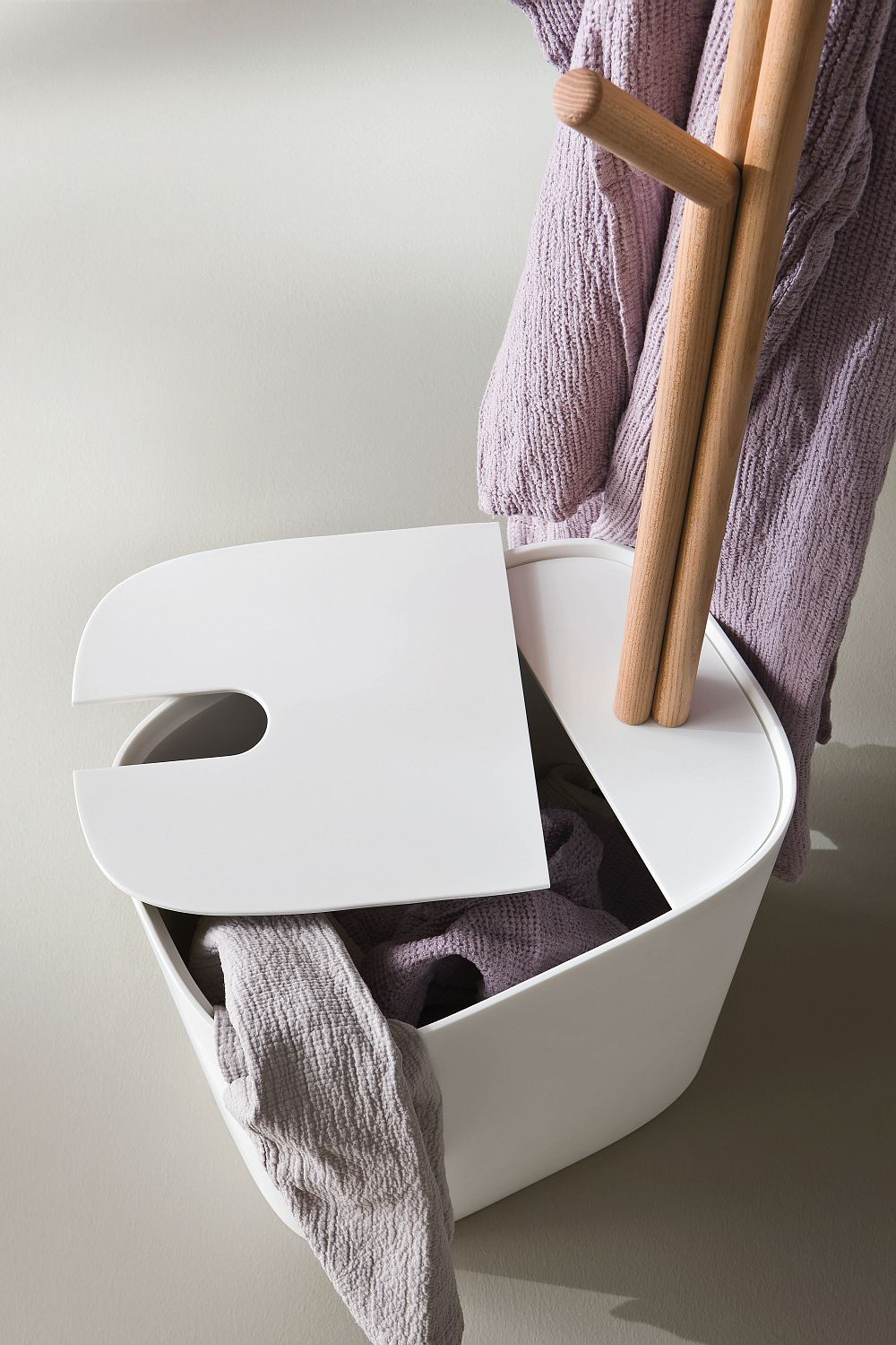 Uber-cool contemporary laundry basket