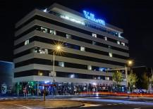 Volkshotel exterior by night