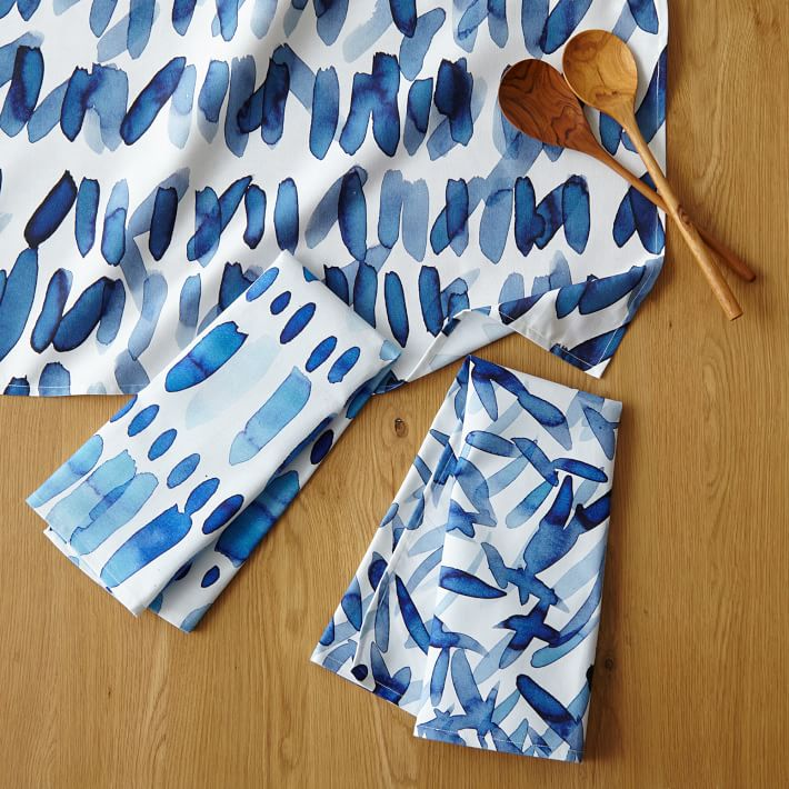 Watercolor patterns on kitchen and dining linens