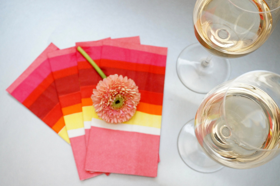 White wine and Valentine's Day napkins